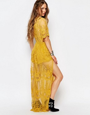 photo Boho Maxi Dress with Plunge Neck in Romantic Lace by Honey Punch, color Yellow - Image 2