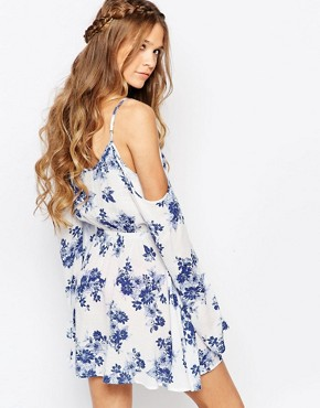 photo Boho Dress with Strappy Cold Shoulder in Floral Print by Honey Punch, color White - Image 2