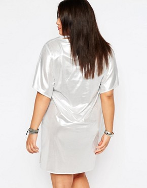 photo Shiny T-Shirt Dress by Missguided Plus, color Silver - Image 2