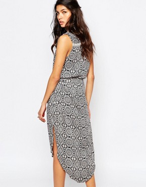 photo Old Town Midi Dress by Faithfull The Brand, color Multi - Image 2