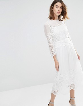 photo Embroidered Midi Dress by Warehouse Premium, color Ivory - Image 1
