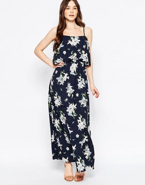 photo Oversized Floral Maxi Dress by Girls on Film, color Black - Image 1