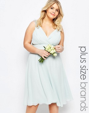photo Prom Midi Dress with Embellished Shoulders by TFNC Plus WEDDING, color Green - Image 1