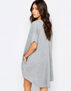 photo Knitted Slouchy T-Shirt Dress in Rib by Stitch & Pieces, color Grey Marl - Image 2