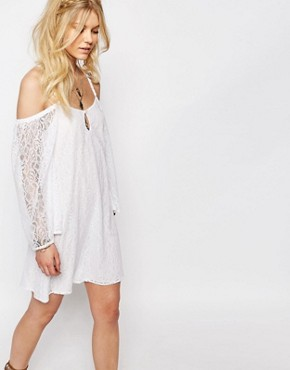 photo All Over Lace Bell Sleeve Shift Dress with Strappy Back by White Cove Petite, color White - Image 2