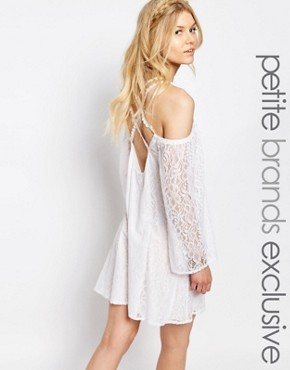 photo All Over Lace Bell Sleeve Shift Dress with Strappy Back by White Cove Petite, color White - Image 1