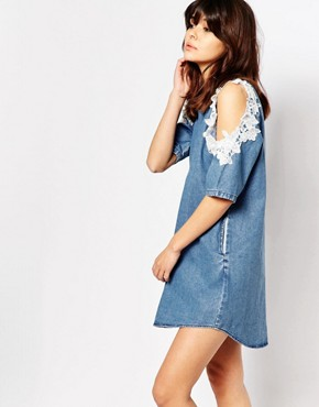 photo Denim Shift Dress with Lace Trim Cold Shoulder by I Love Friday, color Blue - Image 1