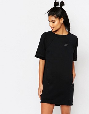 photo Luxury Fleece T-Shirt Dress by Nike, color Black - Image 1