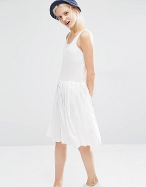 photo Sleeveless Dress with Box Pleat Skirt by I Love Friday, color White - Image 1