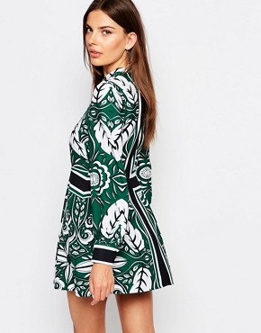 photo The Way Shift Dress by Finders Keepers, color Green - Image 2