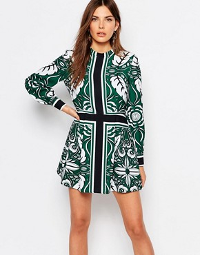 photo The Way Shift Dress by Finders Keepers, color Green - Image 1