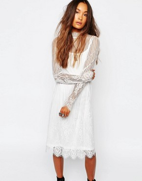 photo High Neck Sheer Lace Dress by Navy London, color White - Image 1