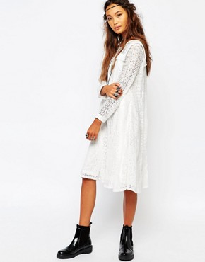 photo Smock Dress in Lace with Front Panel by Navy London, color White - Image 1