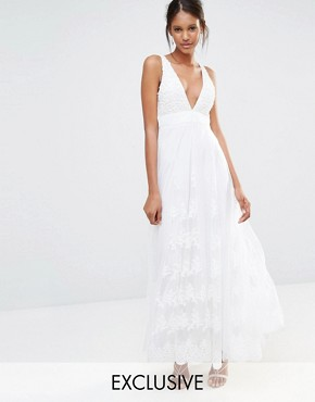 photo Embellished Top Mesh Overlay Maxi Dress by A Star Is Born, color White - Image 1