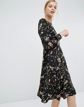 photo Knee Length Smock Dress in Floral by Paisie, color Multi - Image 1