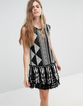 photo Fringe Shift Dress in Bark Cloth Jacquard by Anna Sui, color Black Print - Image 1