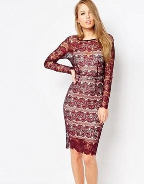photo Lisa Scuplting Lace Bodycon Dress by Body Frock, color Burgundy - Image 1