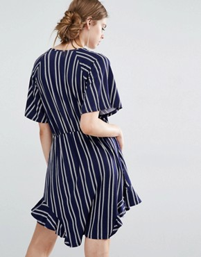 photo Elfa Jersey Wrap Dress in Double stripe by Baum und Pferdgarten, color Navy - Image 2