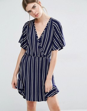 photo Elfa Jersey Wrap Dress in Double stripe by Baum und Pferdgarten, color Navy - Image 1