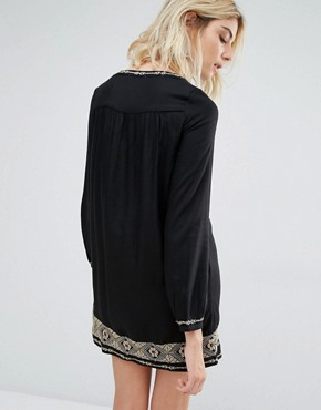 photo Rene Long Sleeve Embroidered Mini Dress by Gat Rimon, color Noir - Image 2
