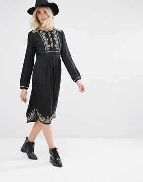 photo Lori Long Sleeve Embroidered Dress by Gat Rimon, color Noir - Image 1