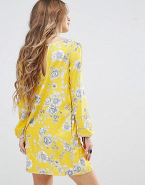 photo Swing Dress in Floral Print by Honey Punch, color Yellow - Image 2