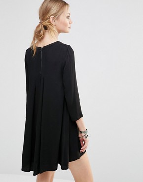 photo Shift Dress with Necklace Detail by See U Soon, color Black - Image 2