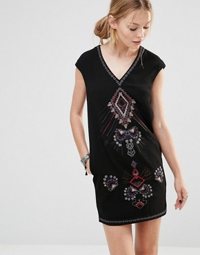 photo Shift Dress with Embroidered Front by See U Soon, color Black - Image 1