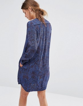 photo Shift Dress with V Neck in Leaf Print by See U Soon, color Blue - Image 2