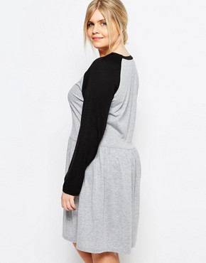 photo Contrast Raglan Jersey Skater Dress by One Day Plus, color Grey - Image 2