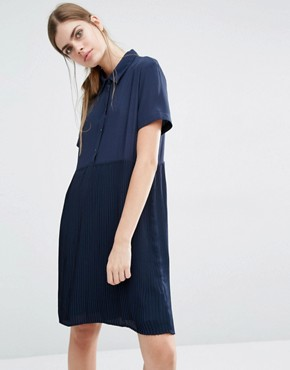 photo Calle Shirt Dress with Pleated Skirt by Suncoo, color Navy - Image 1