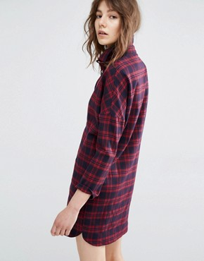 photo Carl Shirt Dress in Plaid Check by Suncoo, color Rouge - Image 2