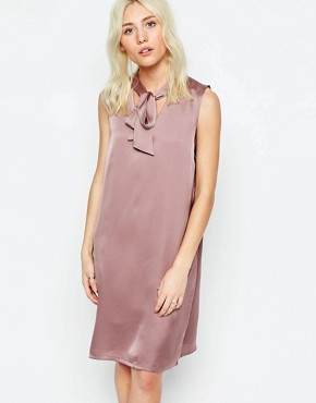 photo Shift Dress with Pussybow by Neon Rose, color Mink - Image 1