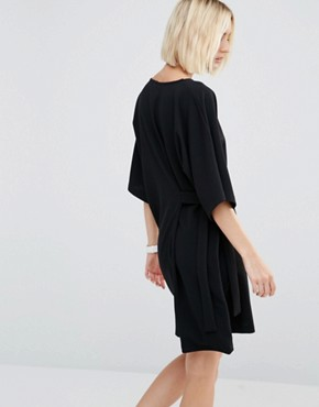 photo Shift Dress with Tie Detail by House of Sunny, color Black - Image 2
