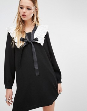 photo Smock Dress with Ruffle Collar and Tie Neck Detail by Navy London, color Black - Image 1