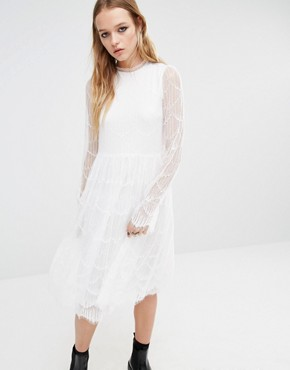 photo Midi Dress with Sheer Lace Sleeves by Navy London, color White - Image 1