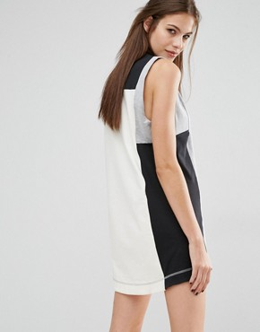 photo Classics Panel Dress by Reebok, color Grey - Image 2