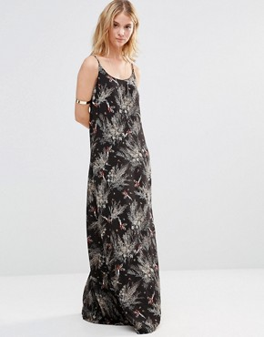 photo Maxi Dress in Forest Print by Style London, color Black - Image 1