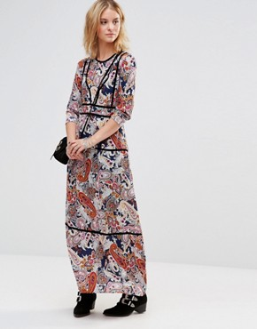 photo Maxi Dress in Scarf Print with Contrast Trims by Style London, color Navy - Image 1