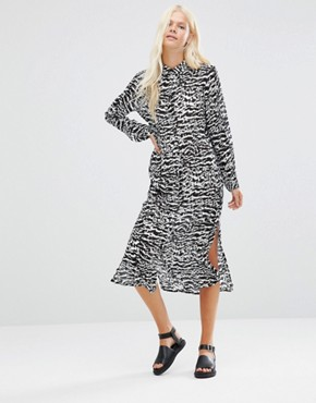 photo Thecla Printed Shirt Dress by Minimum, color Black - Image 1
