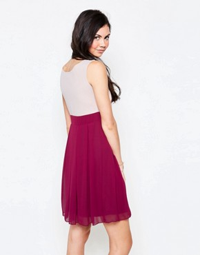 photo Colourblock Skater Dress by Jasmine, color Red - Image 2
