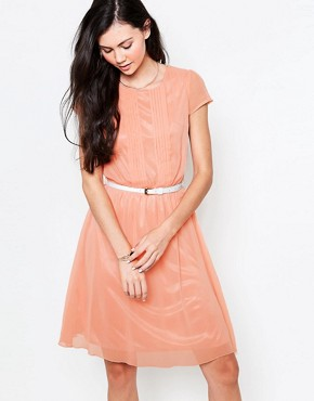 photo Midi Dress with Pleat Front by Jasmine, color Peach - Image 1