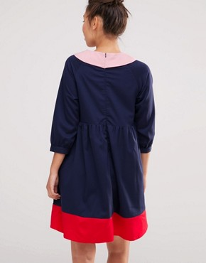 photo Hand Collar Smock Dress by The WhitePepper, color Navy Red Pink - Image 2