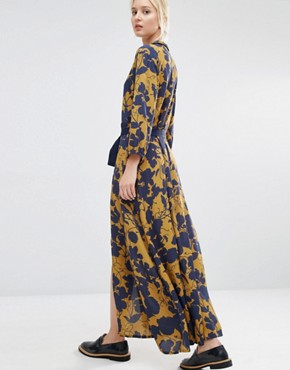 photo Audra Maxi Dress in Floral Print by Gestuz, color Multi - Image 2