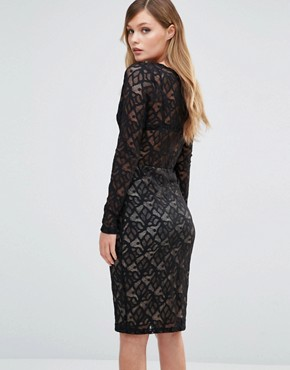 photo V Neck Midi Lace Dress with Long Sleeves by Dark Pink, color Black/Nude - Image 2