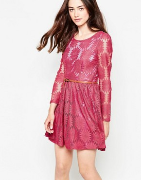 photo Belted Floral Lace Dress with Long Sleeves by Mela Loves London, color Pink - Image 1