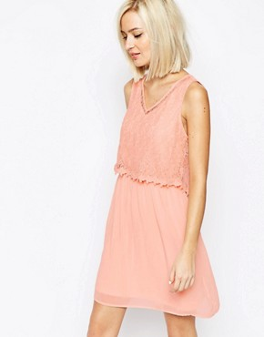photo Lace Detail Dress by Vero Moda, color Rose - Image 1