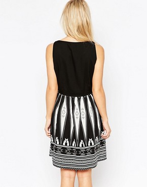 photo Skater Dress with Printed Skirt by Vero Moda Petite, color Black - Image 2