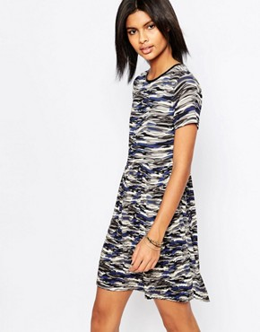 photo Gannet Camo Dress with Pleated Skirt by Pepe Jeans, color Grey - Image 1