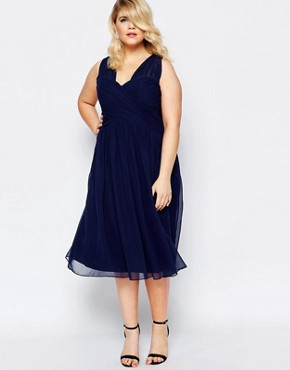 photo Cross Back Plunge Neck Midi Dress by Forever Unique Plus, color Navy - Image 2